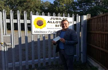 Broom Leys allotment society receives a helping hand from Aggregate Industries
