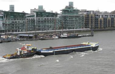 The positive environmental impact of using barges on the River Thames revealed