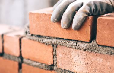 Lafarge Cement calls on housebuilders to respond to weak mortar reports