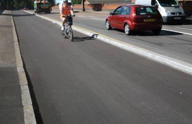 Charcon delivers innovative cycleway segregation kerbing for Nottingham's Western Corridor