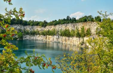 Leighton Buzzard quarry asks public to use caution