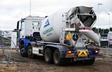 Ready mix concrete and screed | Aggregate Industries
