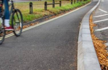 Southampton demarcation cycle kerb
