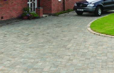 Millwood selects our Woburn paving for complementary village feel