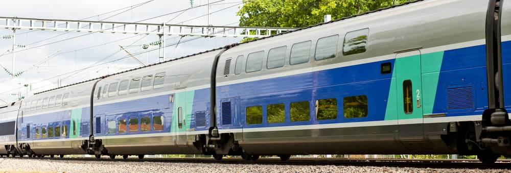 French railway ballast to the specific requirements of the project Aquitaine and to the tight time table of the contractor SNCF.