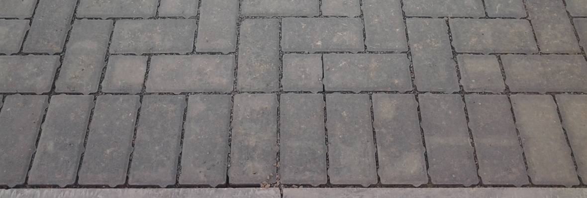 Charcon Infilta block paving closeup