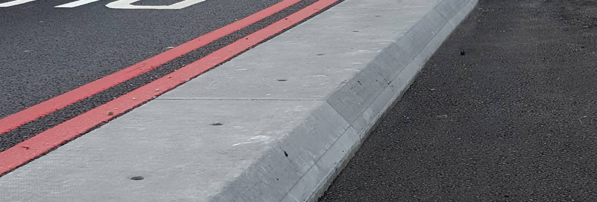 Cycle Demarcation Kerb